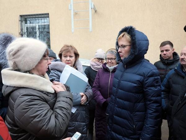 Глава города провела рабочий объезд Ленинского района